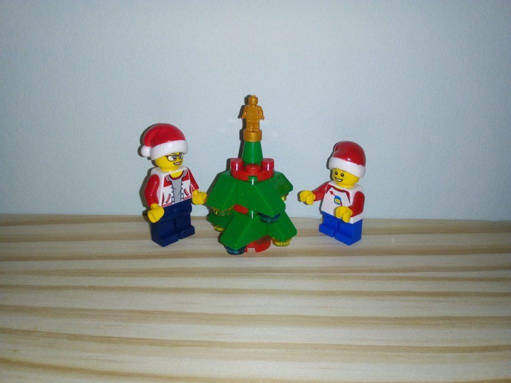 Lego Advent Christmas Tree